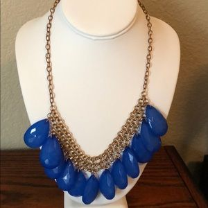 Anthropologie NWOT Necklace great color and design